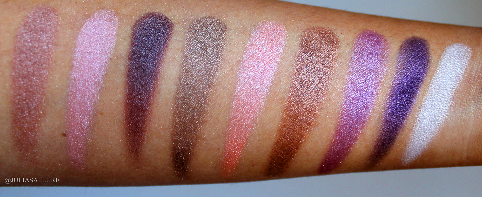 Supernova 18-Color Baked Eyeshadow Palette by BH Cosmetics #4