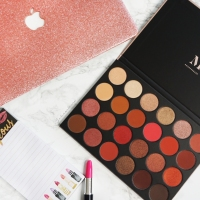 MORPHE 24G PALETTE (REVIEW+SWATCHES)